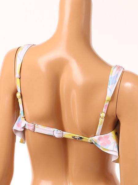 アンダーと肩紐はアジャスターで調整可能
